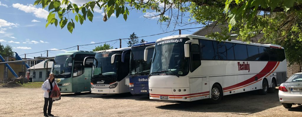 Päiväretket bussilla