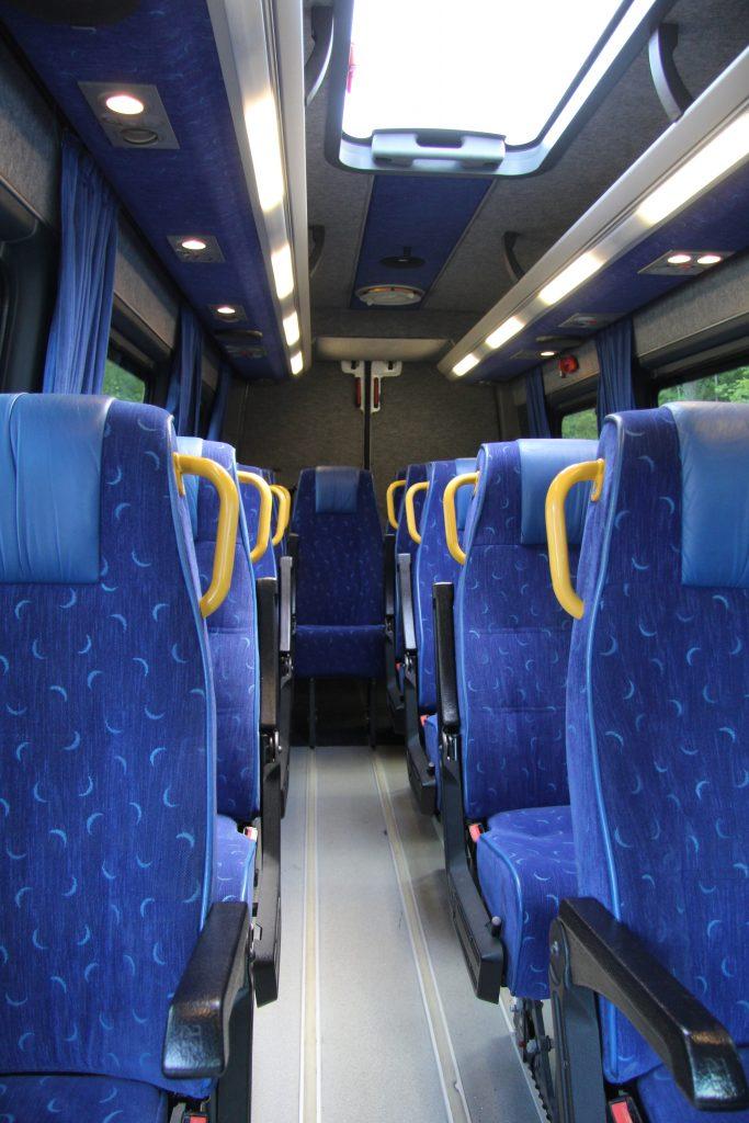 Pikkubussi Helsinki Tilataksi Helsinki